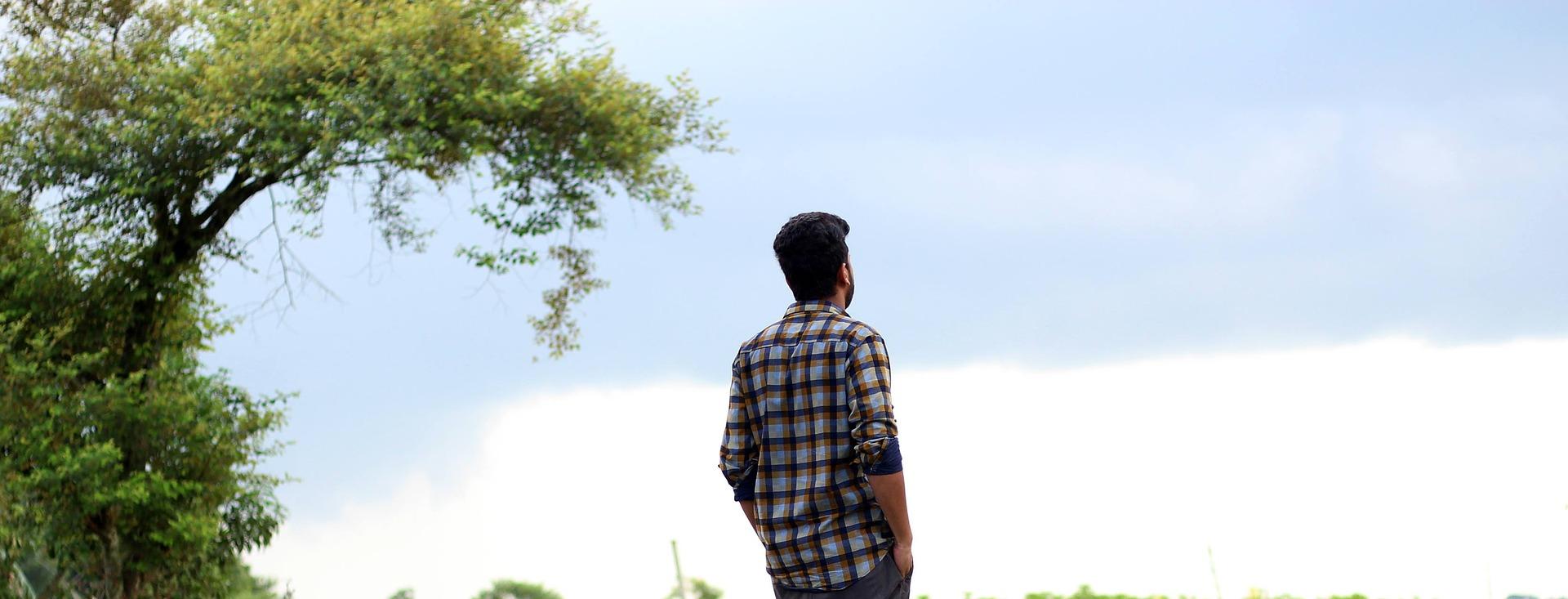 alone-boy-2528289_1920