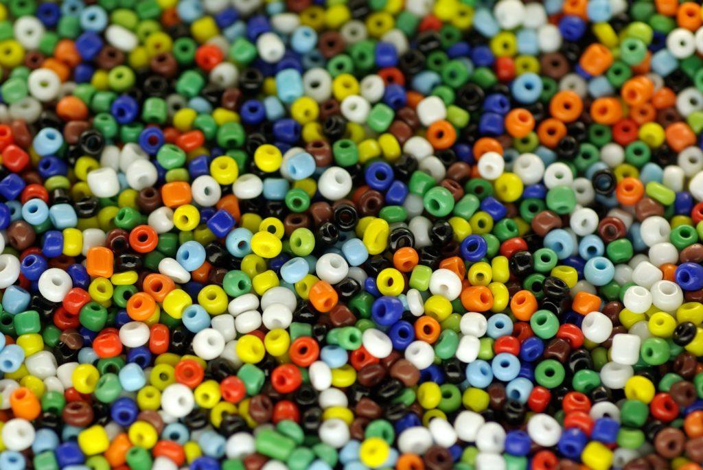 beads-209341_1920